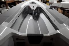 OC330 Sailing interior